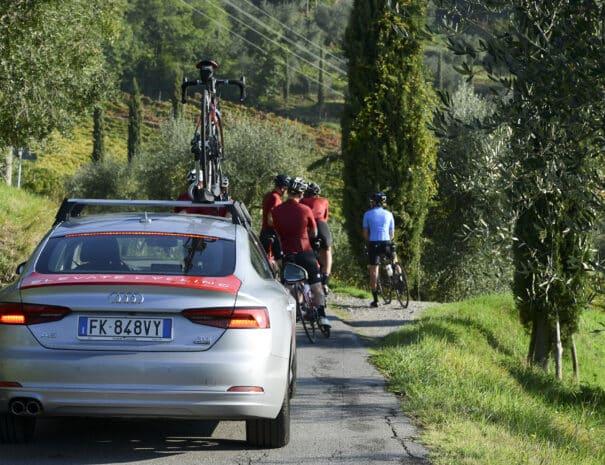 Lucca_to_Assisi_Bike_Tour_car